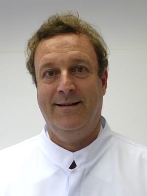 Dr. Alan  Levy