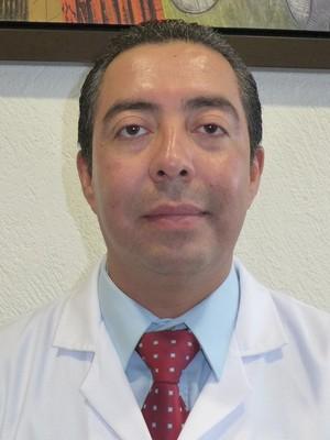 Dr. Vladimir  Ruiz Ronquillo
