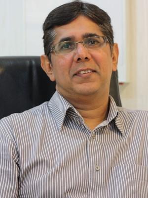 Dr. Malkit  Singh