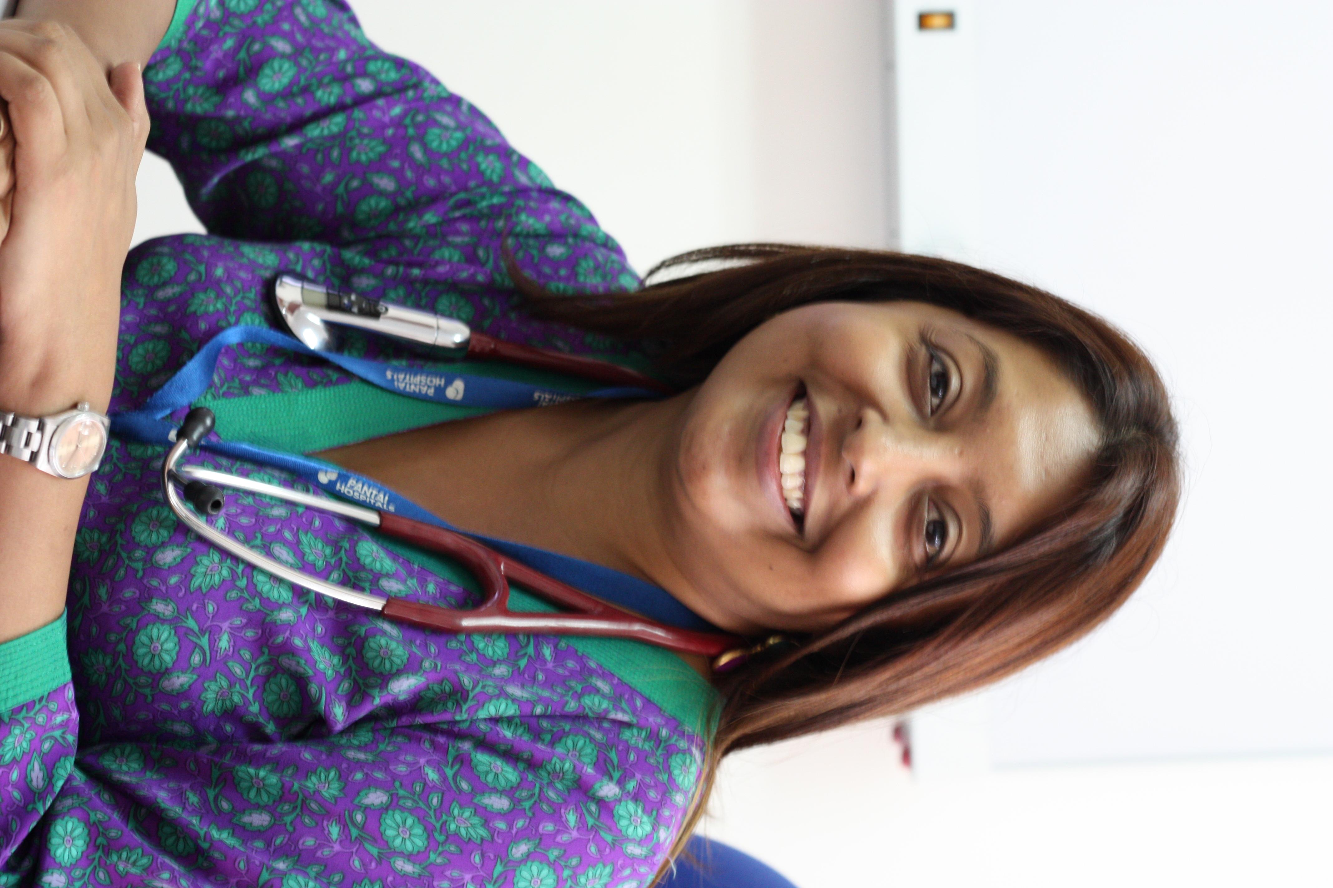 Dr. Sundari  Ambikaipakan