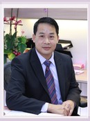 Dr. Kevin   Yau