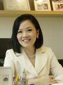 Dr. Kelly  Loi