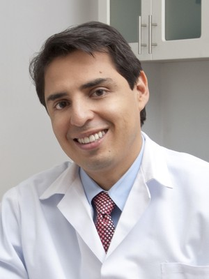 Dr. Eugenio  Brenes
