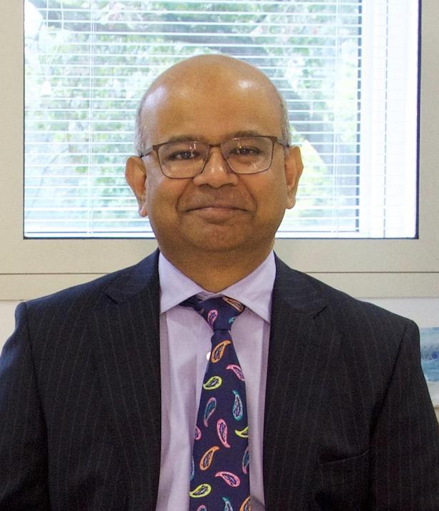 Dr. David  Selvadurai