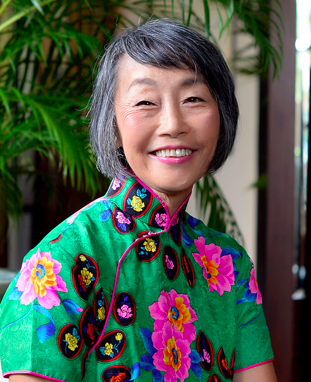 Dr. Maurine  Tsakok