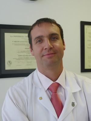 Dr. Carlos Gustavo Trujillo