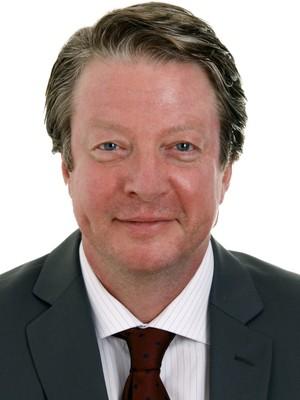 Dr. Matthias   Roux