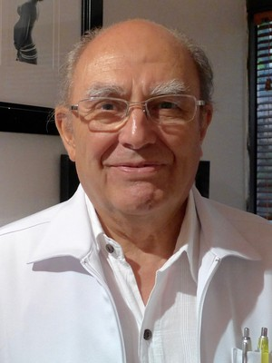 Dr. Guillermo  Galan